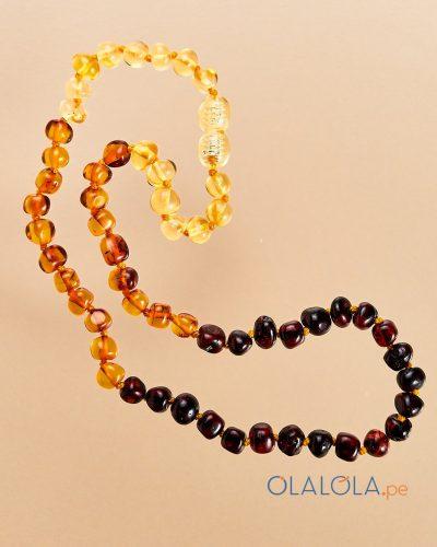 Collar baby ambar, con ambar natural. Collar para niño o bebé, collar de cuentas de ambar multicolor natural.
